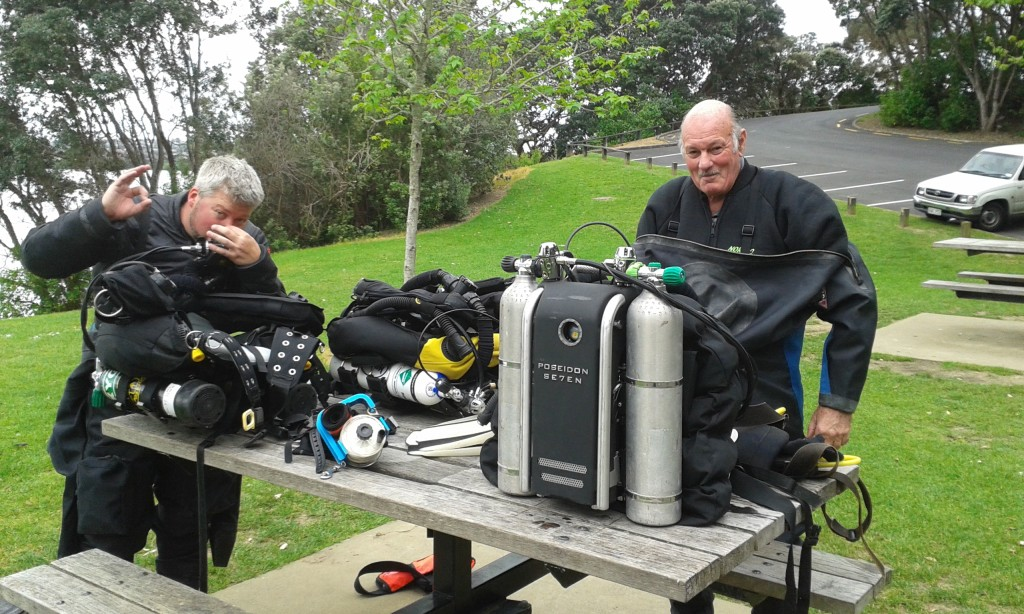 Nick and Ian preparing their Poseidon Rebreathers at Lake Pupuke